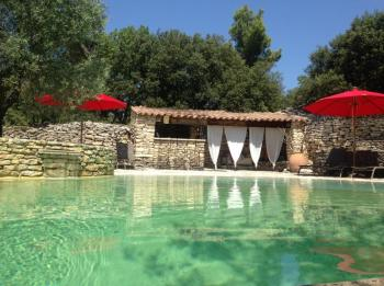 Authentic Provencal farmhouse for your holidays in Provence