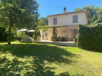Villa with pool in Provence