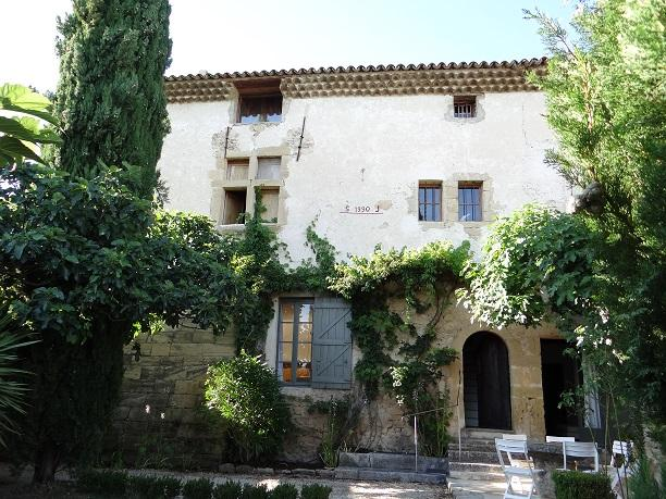 Charming country house renovated in southern Luberon