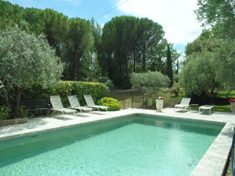 Cottage with pool in Lourmarin - South Luberon