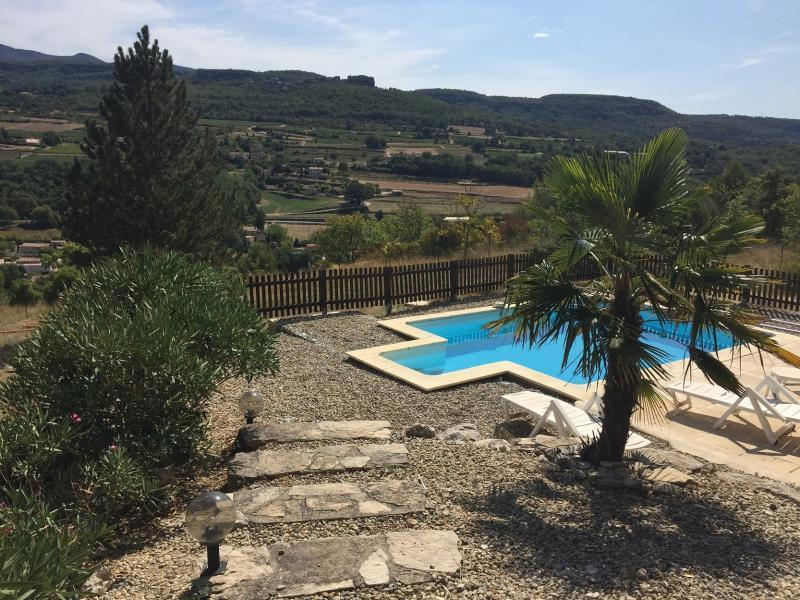 Holiday rental pool - Apt - Le Mazet des Tapets - Luberon Provence
