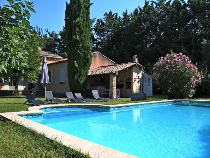 Holiday villa with pool in Provence