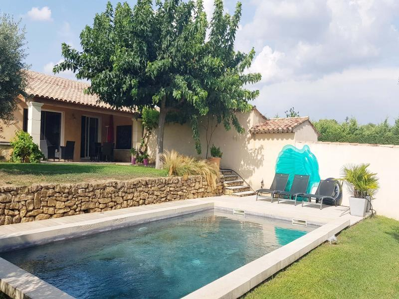 Holiday rental with pool in southern Luberon