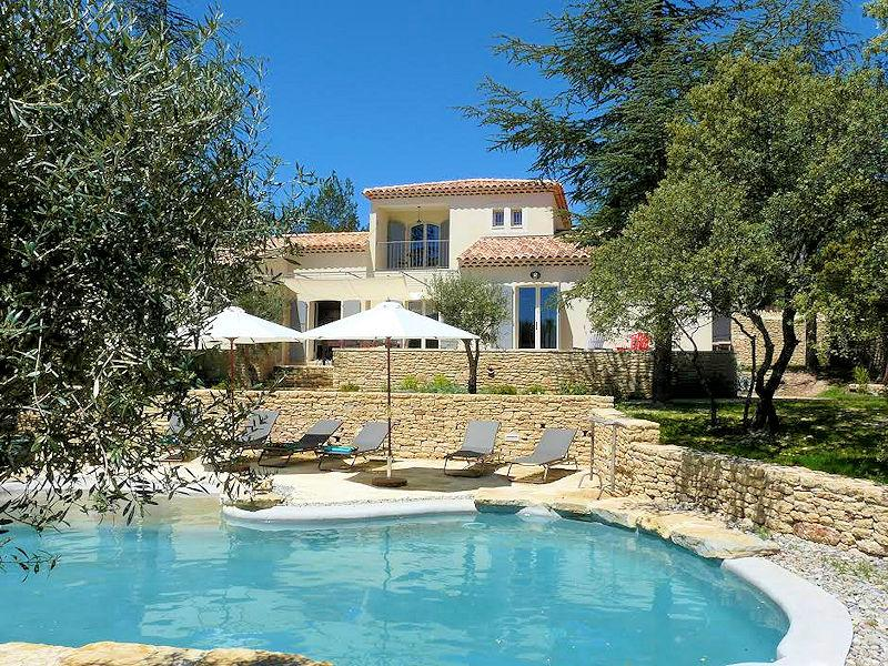 Luxury holiday house for 10 people near Gordes in the Luberon