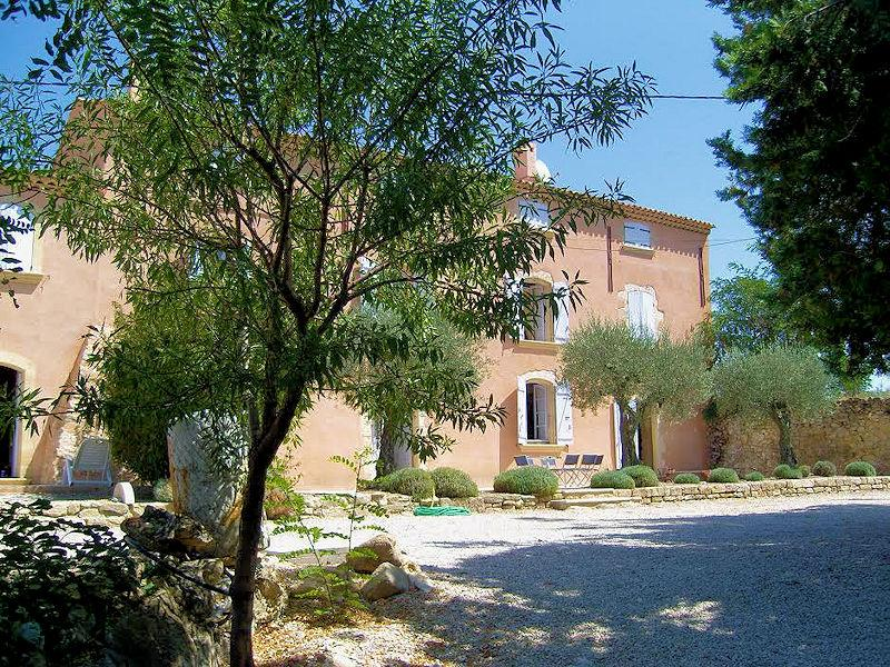 Gite at the Chateau Turcan for 14 people in southern Luberon