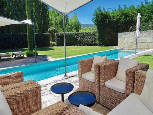 House LA SUITE 5 ***** Swimming Pool, AIR CONDITIONING