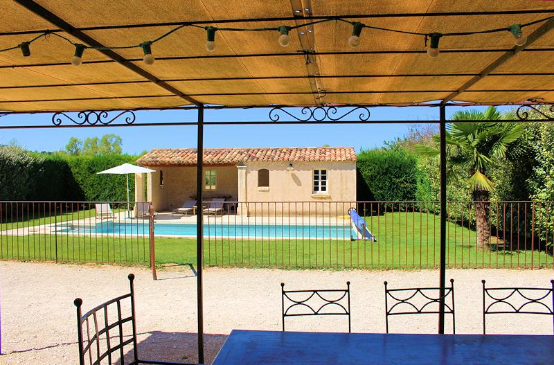 Holiday rental charm with pool for 8 persons in Bonnieux in the Luberon