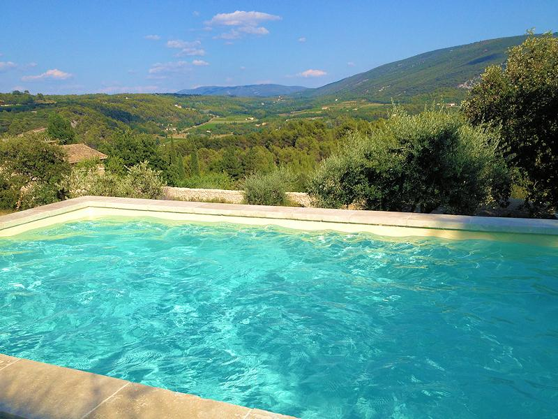 Holiday cottage of charme with pool for 2 people in Ménerbes
