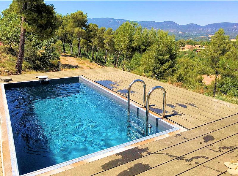 Holiday rental with pool for 5 people in the south Luberon