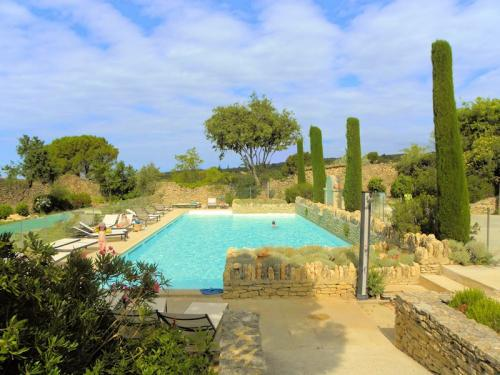Cottage of charm in Gordes in the Luberon