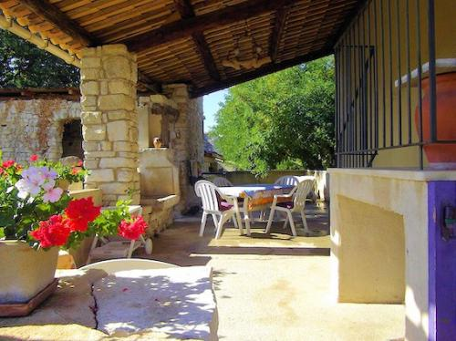 Gite for 2 to 4 people in the Luberon