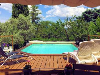 Bed and Breakfast with pool in Provence