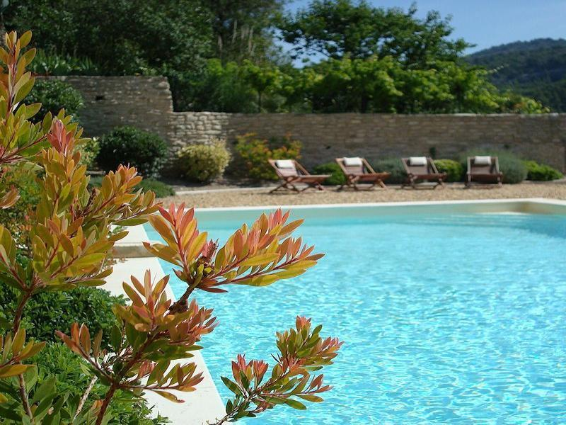 Charming holiday rental with pool in the Luberon