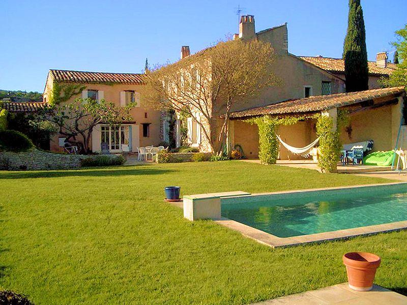 Charming old restored farmhouse with pool for 9 persons