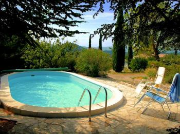 Villa with pool in Saint-Saturnin-les-Apt, in the Luberon