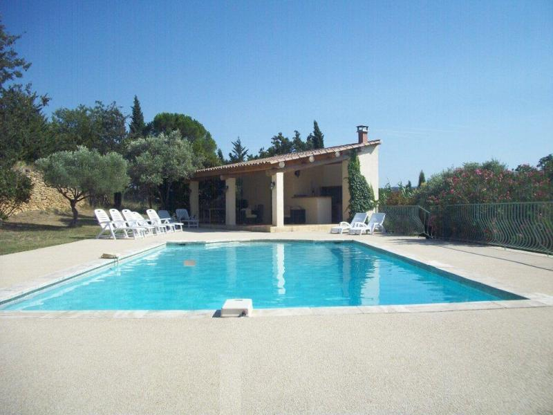 Holiday home with pool in southern Luberon