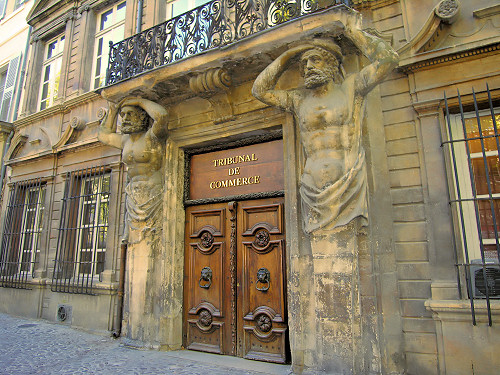 Aix en provence the capital of provence luberonweb - Tribunal de commerce salon de provence ...